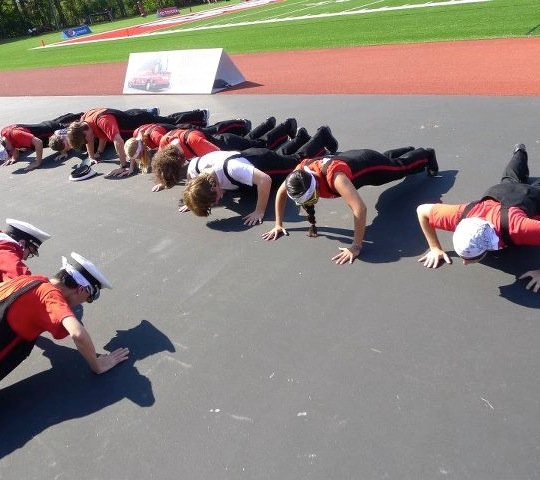 Trumpets doing pushups